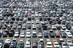 crowded_parking_lot